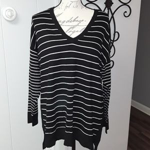 Vince Camuto Black and White Stripe V Neck Sweater